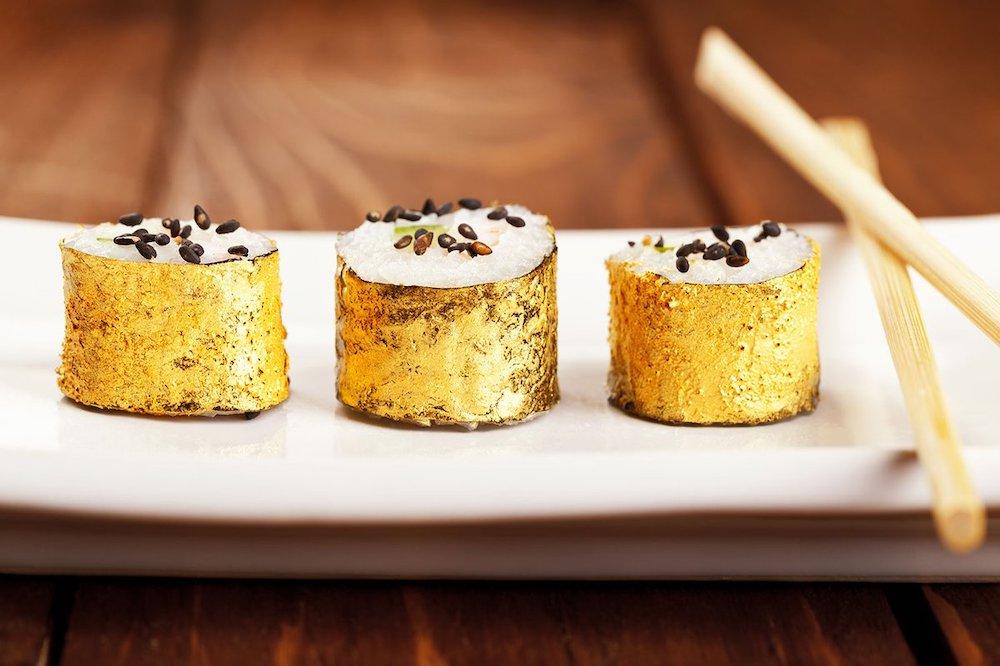 Самые дорогие суши в мире: как и из чего их готовят