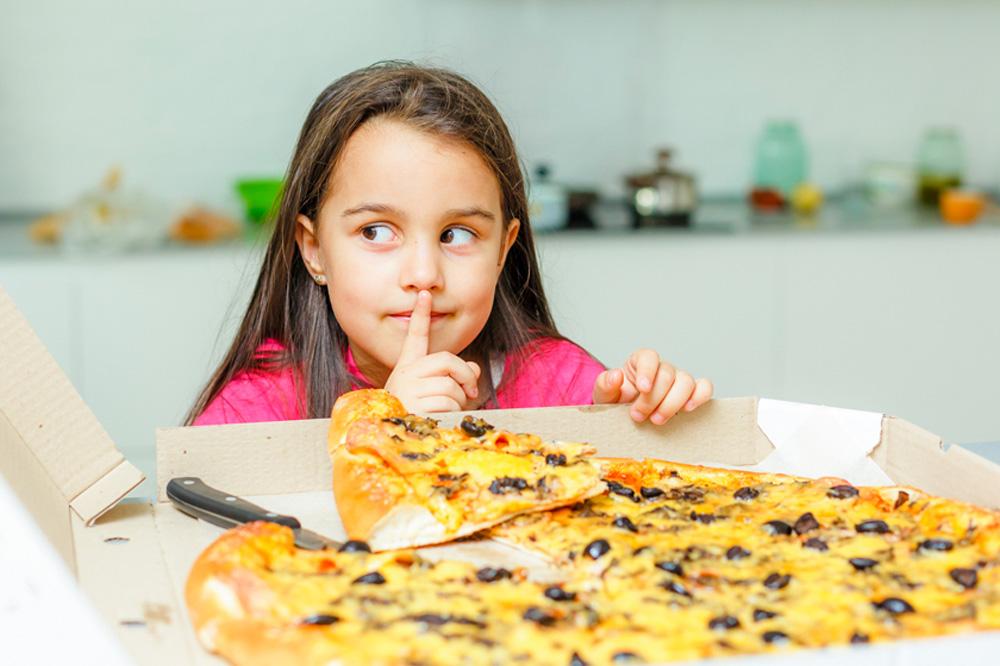 Можно ли есть пиццу детям