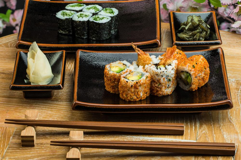 Набор посуды для суши и роллов