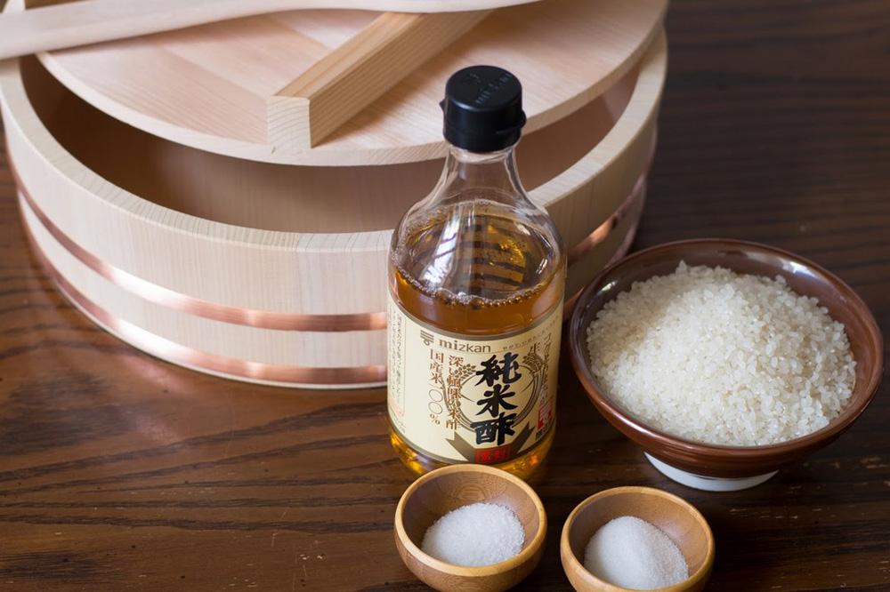 Заправка для роллов из рисового уксуса