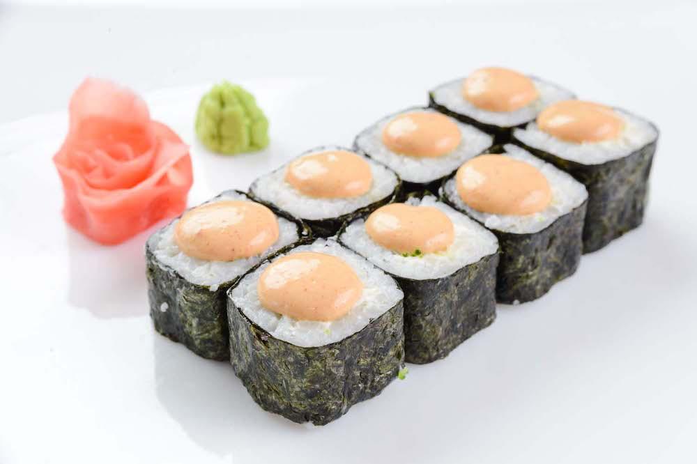 Как спайси соус стал неотъемлемой частью суши и роллов