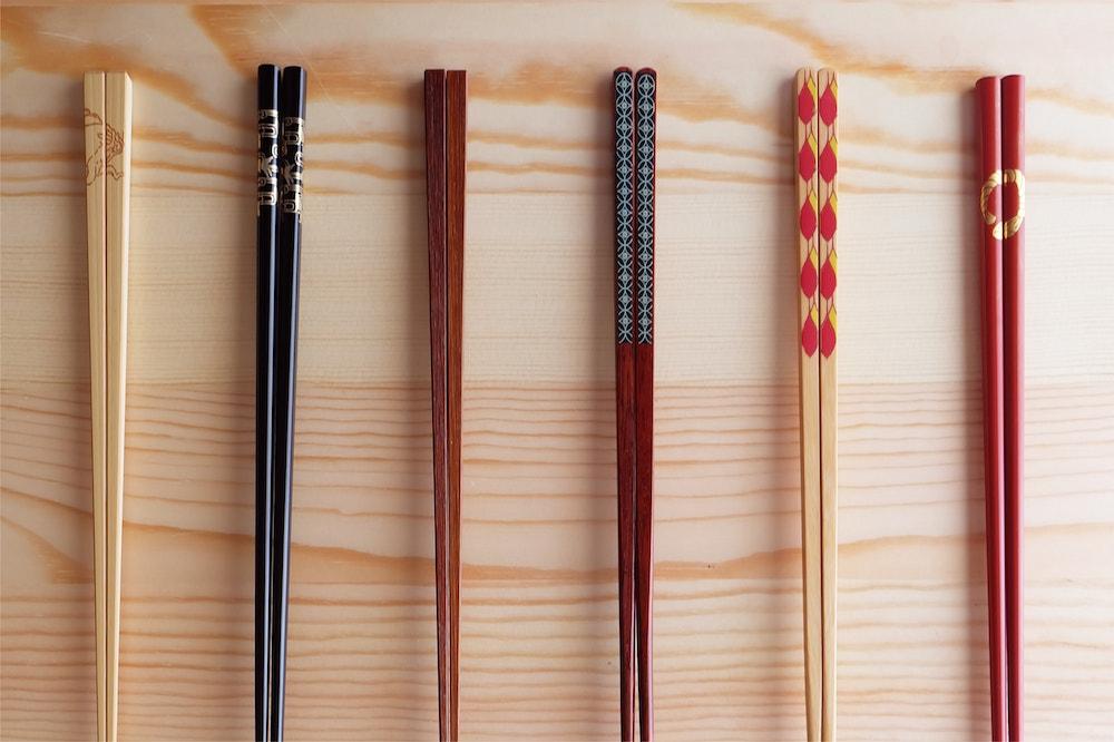 Почему в Японии едят палочками